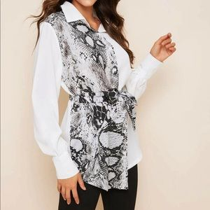 Brand new button down blouse!